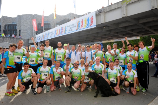 Foto: Die Mitläufer des 8. Architekturmarathons am Start